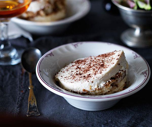 "**[10 William St's tiramisù](https://www.gourmettraveller.com.au/recipes/chefs-recipes/tiramisu-8244|target=""_blank"")**"