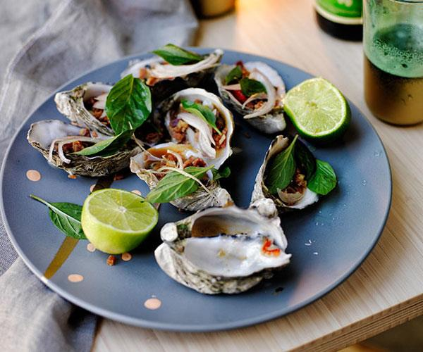 Barbecued oysters with bacon-chilli-tamarind sauce