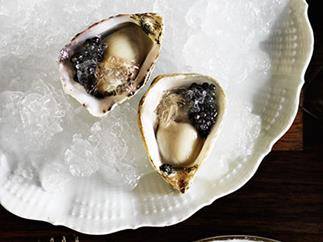 Oysters with Champagne and caviar