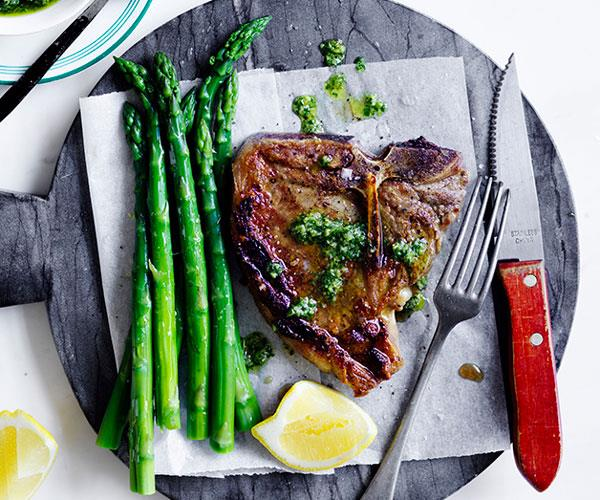 """**[Bistecca with asparagus and salsa dragoncello](https://www.gourmettraveller.com.au/recipes/fast-recipes/bistecca-with-asparagus-and-salsa-dragoncello-13861 target=""""_blank"""")**"""