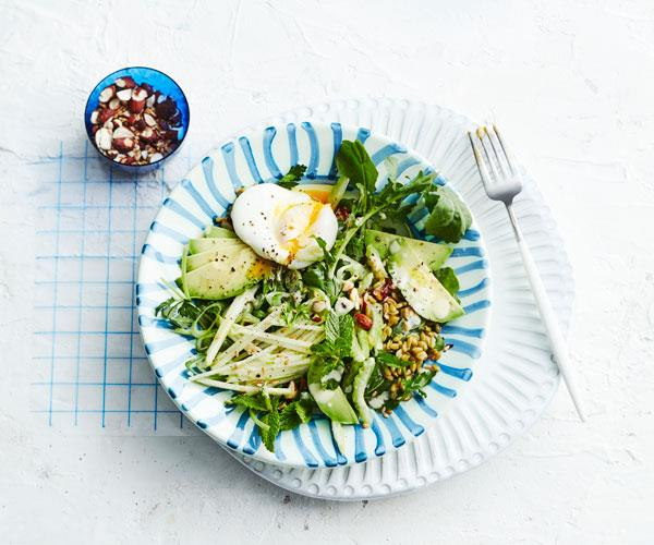 "**[Green bowl](https://www.gourmettraveller.com.au/recipes/fast-recipes/green-bowl-18248|target=""_blank"")**"