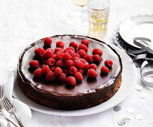 "**[Chocolate and hazelnut cake with espresso ganache](https://www.gourmettraveller.com.au/recipes/browse-all/chocolate-and-hazelnut-cake-with-espresso-ganache-13918|target=""_blank"")**"