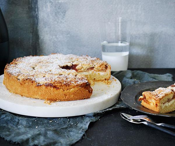 "[**Fig jam and ricotta torta**](https://www.gourmettraveller.com.au/recipes/browse-all/fig-jam-and-ricotta-torta-12216|target=""_blank"")"