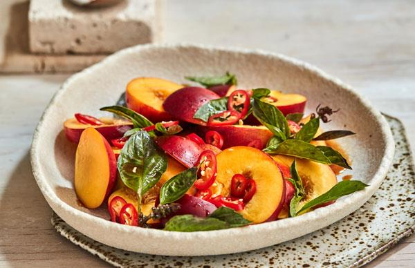 Hot and sour nectarine salad