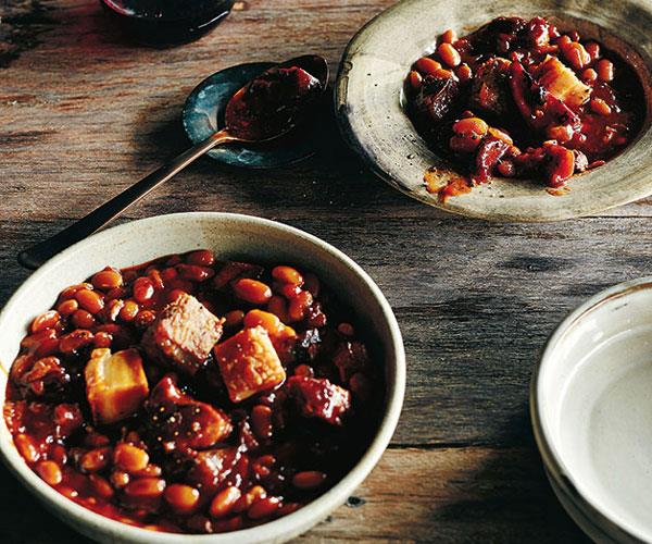 Barbecue pit beans