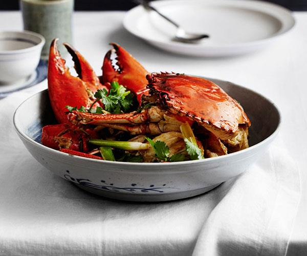 Sautéed mud crab with ginger and spring onion (keong chung hai)