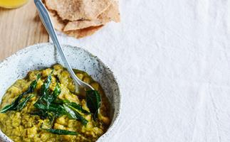 Emma McCaskill's chickpea dhal with papadums