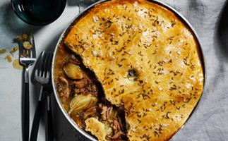 Lamb, fennel and Manchego pie