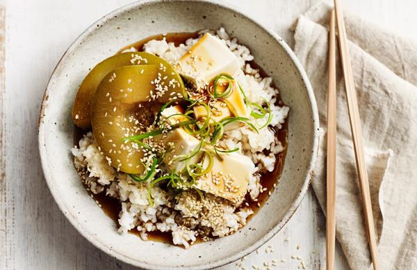 Braised tofu and winter melon