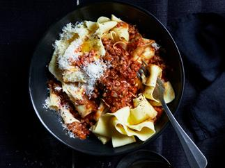 Paola Toppi's pasta with ragù
