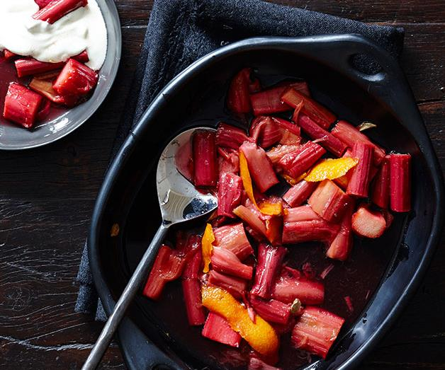 Baked rhubarb with orange and cardamom