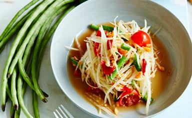 Amy Chanta's guide to making som dtum Thai (green papaya salad)