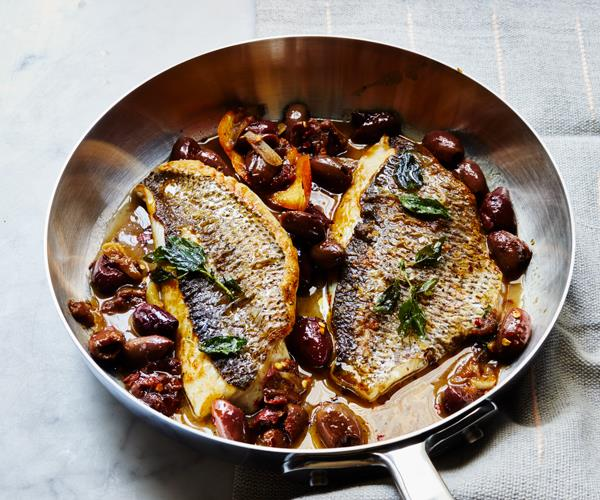 "**[Pan-fried snapper with black-olive vinaigrette](https://www.gourmettraveller.com.au/recipes/fast-recipes/fish-olives-18726|target=""_blank"")**"