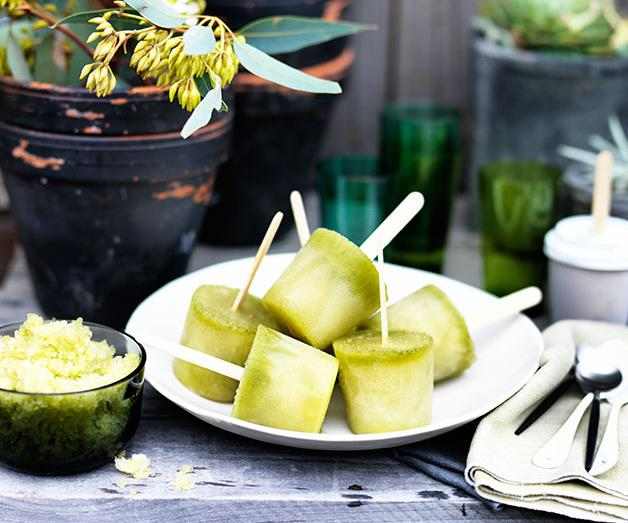 Pineapple, kombucha and mint ices