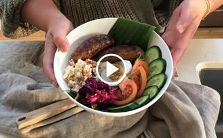 Watch: The Entree.Pinays make silog