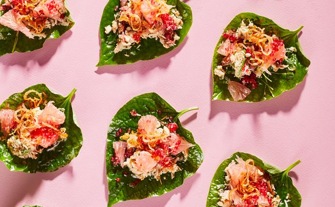 Crab, coconut and pomelo betel leaves
