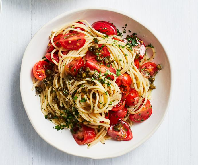 "**[Spaghetti with ""no cook"" tomato-chilli sauce](https://www.gourmettraveller.com.au/recipes/fast-recipes/pasta-tomato-chilli-18992