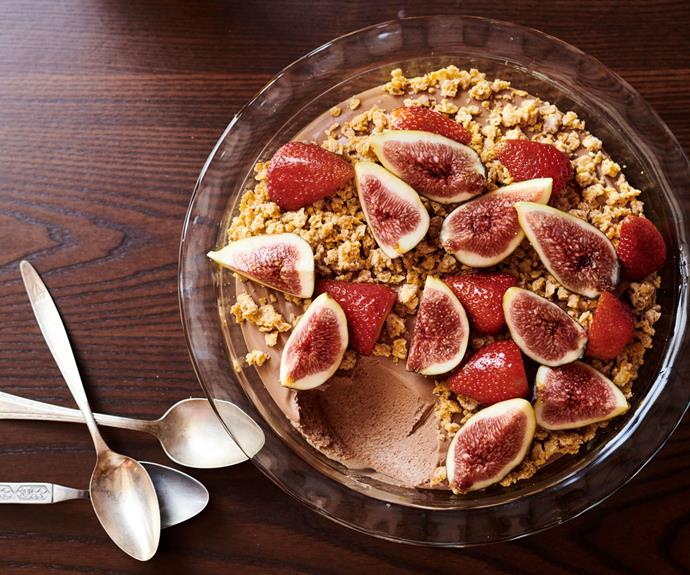 """**[Chocolate mousse with white chocolate and corn flake crumble](https://www.gourmettraveller.com.au/recipes/chefs-recipes/chocolate-mousse-crumble-recipe-17176