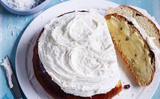 Boston bun with vanilla-coconut frosting
