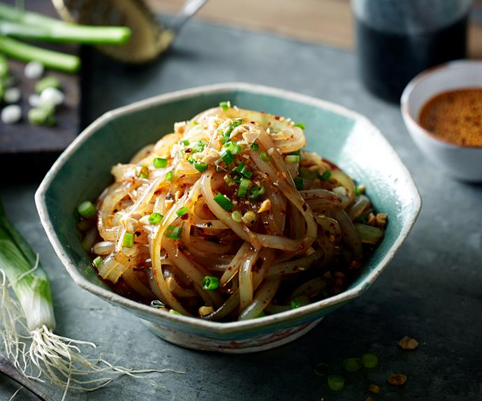 Green bean noodles with chilli oil and Sichuan pepper (Ma la liang fen)
