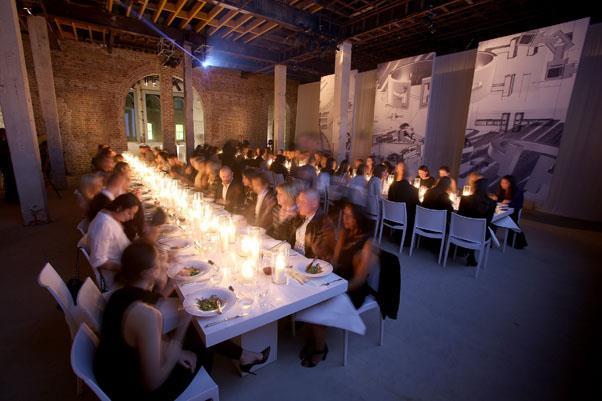 The stunning dinner setting.