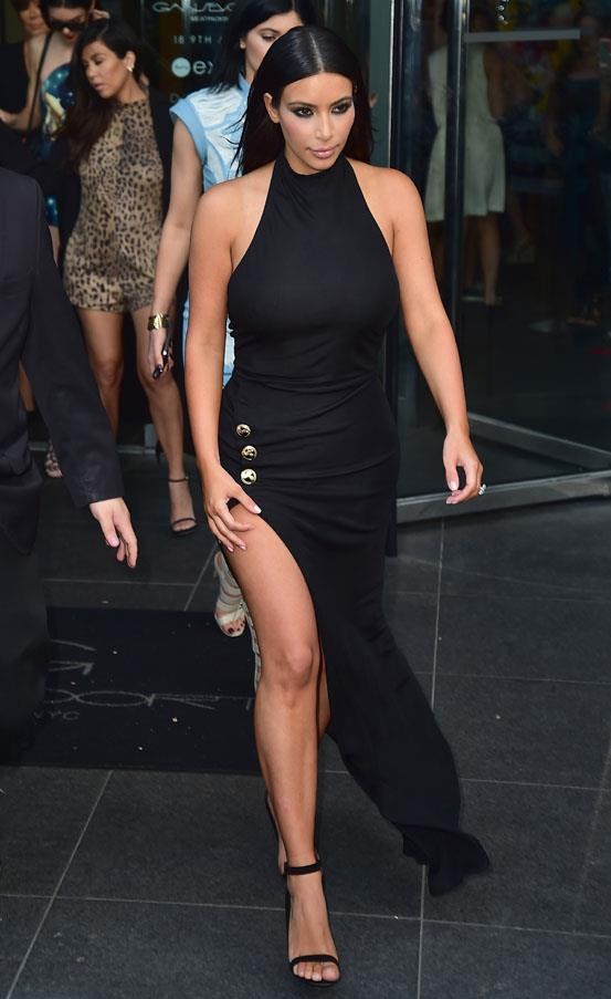 Rocking an ultra-chic LBD with thigh-high split on June 26.