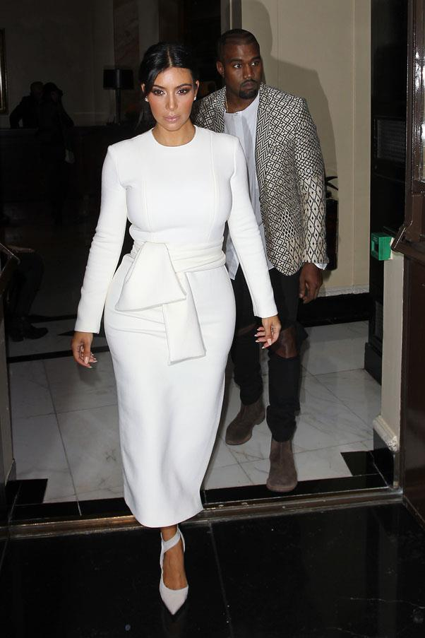 Crisp white perfection while out to dinner with West in London on September 23.