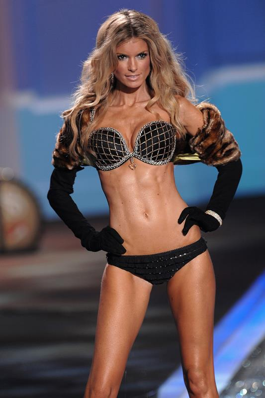 <strong>2009: Harlequin Fantasy Bra</strong> <br>Angel: Marisa Miller <br>Value: $3,000,000 <br><br>2,300 diamonds were set in a geometric pattern with a 16-carat heart-shaped diamond pendant to top it all off. More is more when it comes to the Victoria's Secret Fashion show.