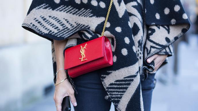 <strong>A chain-strap bag</strong> <br>With accessories, sometimes the smallest detail can have the biggest impact. Case in point: the gold strap. Which seems to have a magical power for transforming a relaxed look into high glamour.
