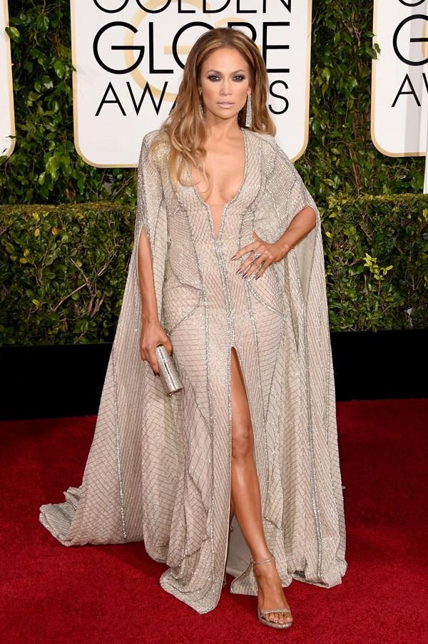 "<strong>Jennifer Lopez in Zuhair Murad</strong> <br><br>""No words."" <br>- Karla Clarke, Junior Fashion Editor"