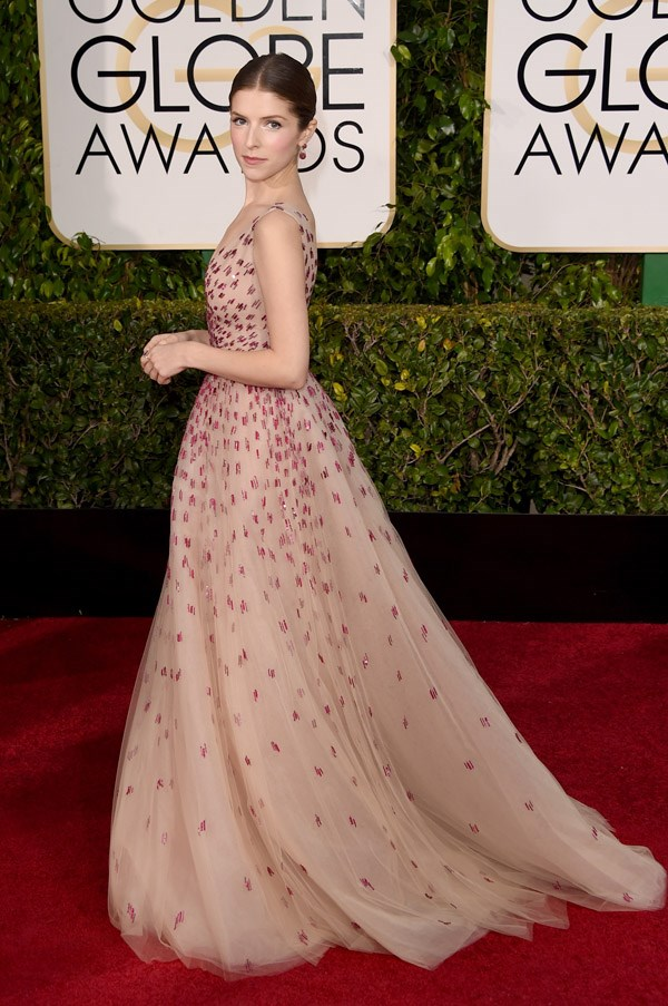 """<strong>Anna Kendrick in Monique Lhuillier</strong> <br><br>""""Not Pitch Perfect. More like Pitch Okay."""" <br>- Isabel Edwards-Brown, Online Editor"""