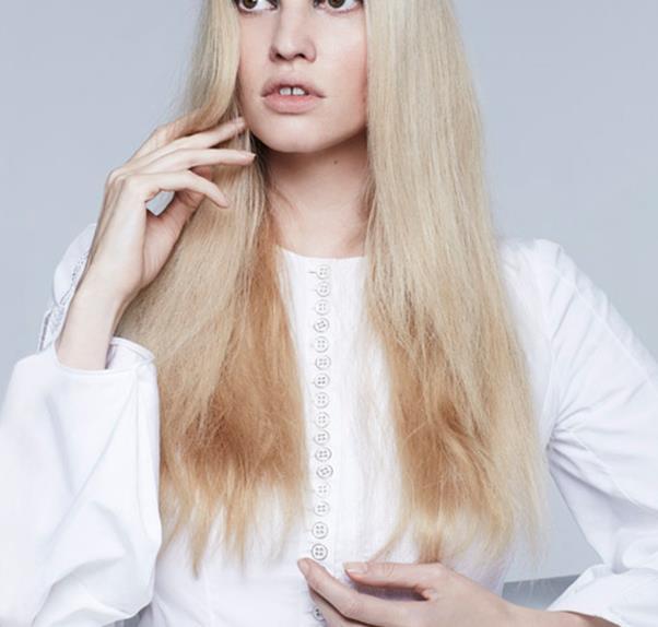 Lara Stone in Christian Dior dress