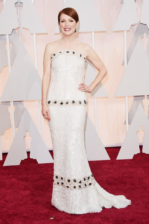 Best actress nominee Julianne Moore looked every bit the winner in a custom Chanel Couture gown that complemented her creamy complexion. 10/10.