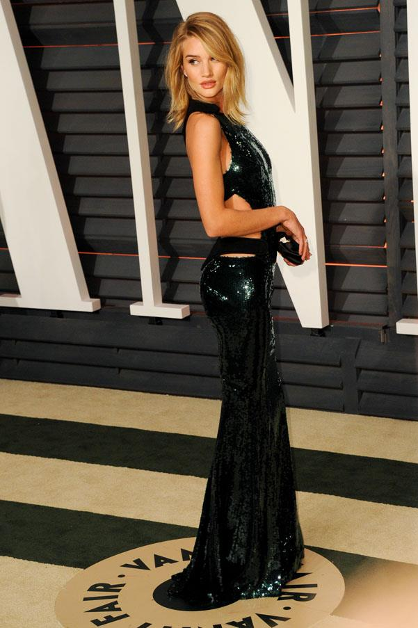 Rosie Huntington-Whiteley is pure glamour in Alexandre Vauthier.
