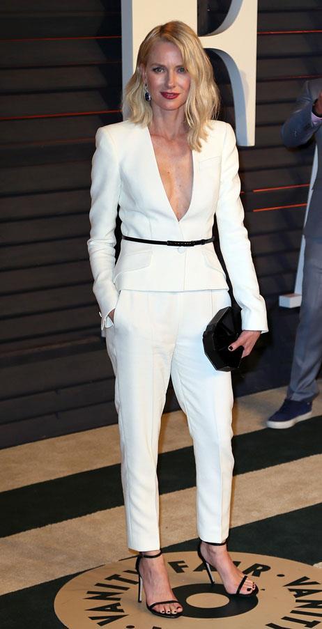 Naomi Watts in Giorgio Armani.