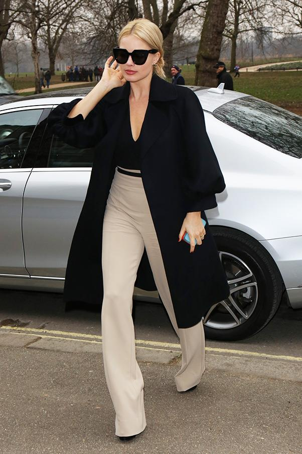 A sophisticated take on the trend, Margot Robbie works our perfect officewear look… that has just the right amount of flare.