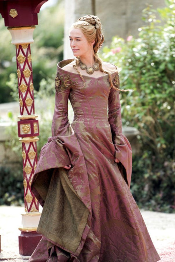 <strong>SEASON 4</strong> <br><br>Cersei Lannister <br><br>Photo credit: HBO