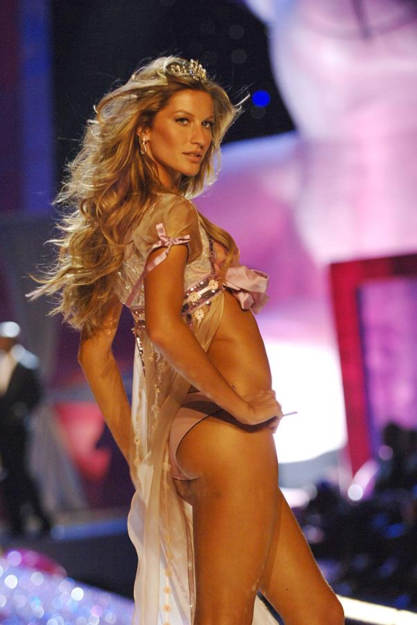 <br><strong>Victoria's Secret</strong> <br><strong><em>2005</em></strong> <br>Gisele continues to own the VS catwalk, becoming iconic for her taut abs and flawlessly bronzed skin.