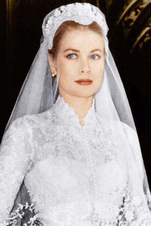 <strong>Grace Kelly</strong> <br>On paper, Kelly's life reads like a fairytale (it wasn't always quite)—American girl turns Hollywood star turns Princess of Monaco who leaves a lasting legacy on the fashion and beauty world.