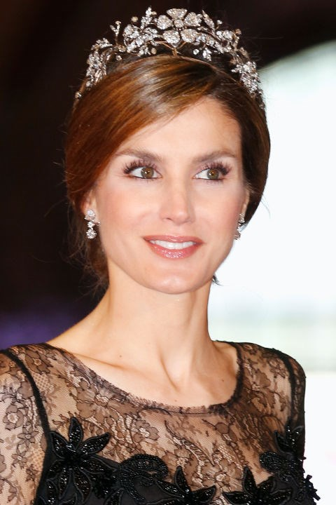 <strong>Queen Letizia of Spain </strong> <br>Known for her brains and beauty, the former journalist turns out chic, tailored-to-perfection looks for every appearance.