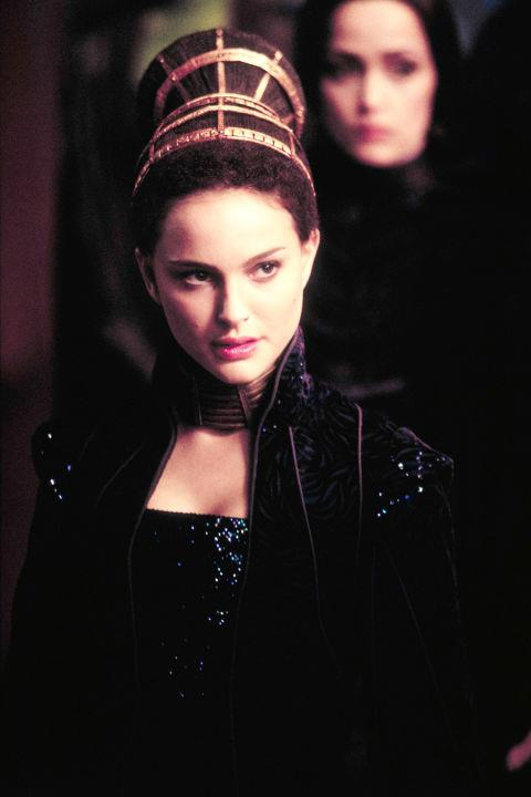 <strong>Padmé Amidala</strong> <br>Star Wars' young queen of Naboo, played by Natalie Portman, knew the power of an elaborate wardrobe and dramatic headpieces.