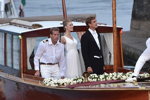 In a very Clooney-esque move, the stunning newlyweds traveled by boat to the wedding reception.