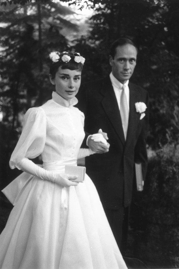 Audrey Hepburn wore Pierre Balmain when she married Mel Ferrer in 1954.