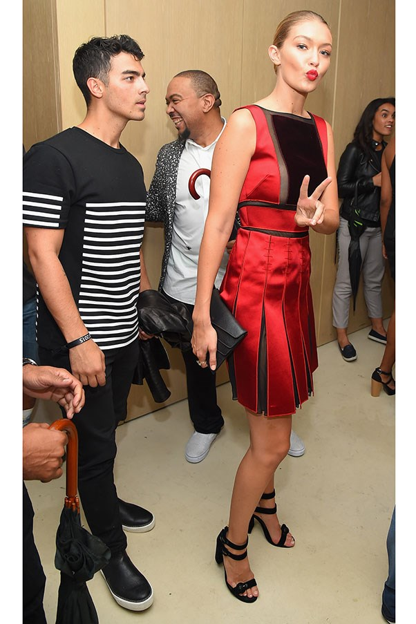 """At the <a href=""""http://www.harpersbazaar.com.au/people-parties/flash/2015/9/new-york-fashion-week-the-parties/"""">Rihanna fashion week party</a>"""