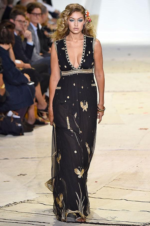 """Walking for <a href=""""http://www.harpersbazaar.com.au/runway-report/the-shows/ready-to-wear/2015/9/diane-von-furstenberg-spring-summer-2016-new-york-fashion-week-show/"""">Diane Von Furstenberg SS16</a>"""