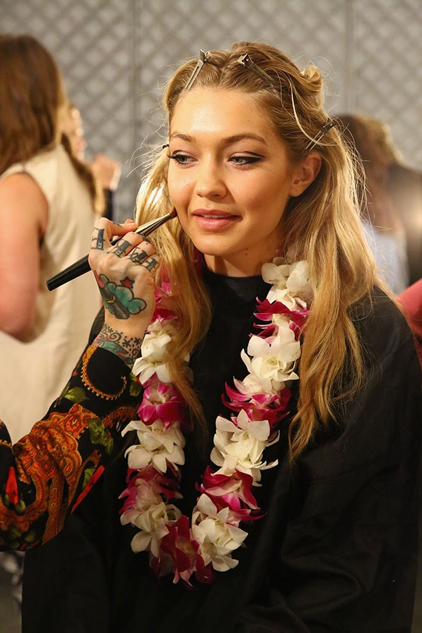 """Backstage at <a href=""""http://www.harpersbazaar.com.au/runway-report/the-shows/ready-to-wear/2015/9/anna-sui-ss16-rtw/"""">Anna Sui SS16</a>"""