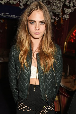 Cara Delevingne Rants About Paparazzi on Twitter