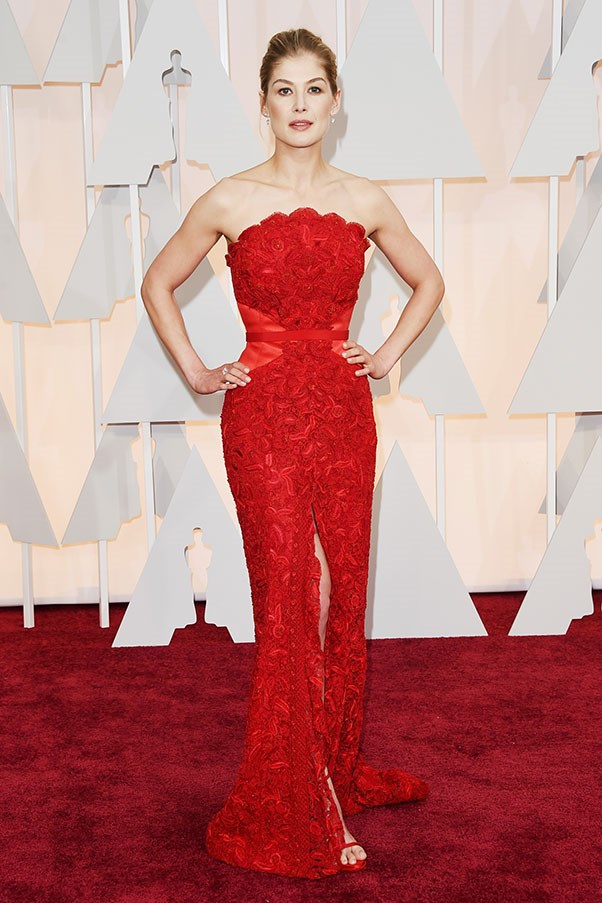 <strong>GIVENCHY</strong><BR><BR> Rosamund Pike at the Academy Awards