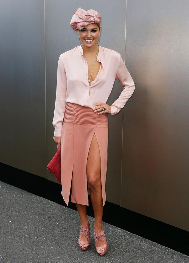 <strong>OAKS DAY:</strong> <BR><BR> Pictured: Ashley Hart