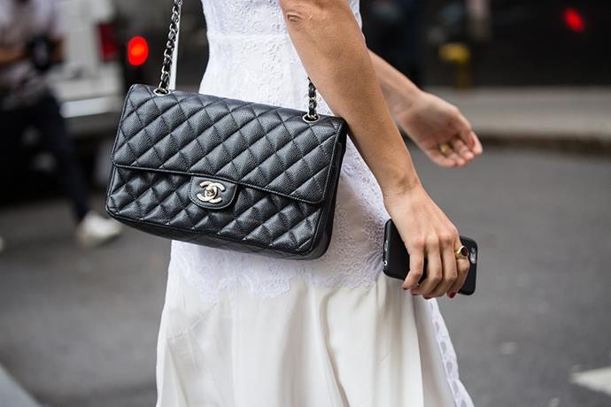 <strong>1. A classic quilted Chanel bag, in black leather:</strong>